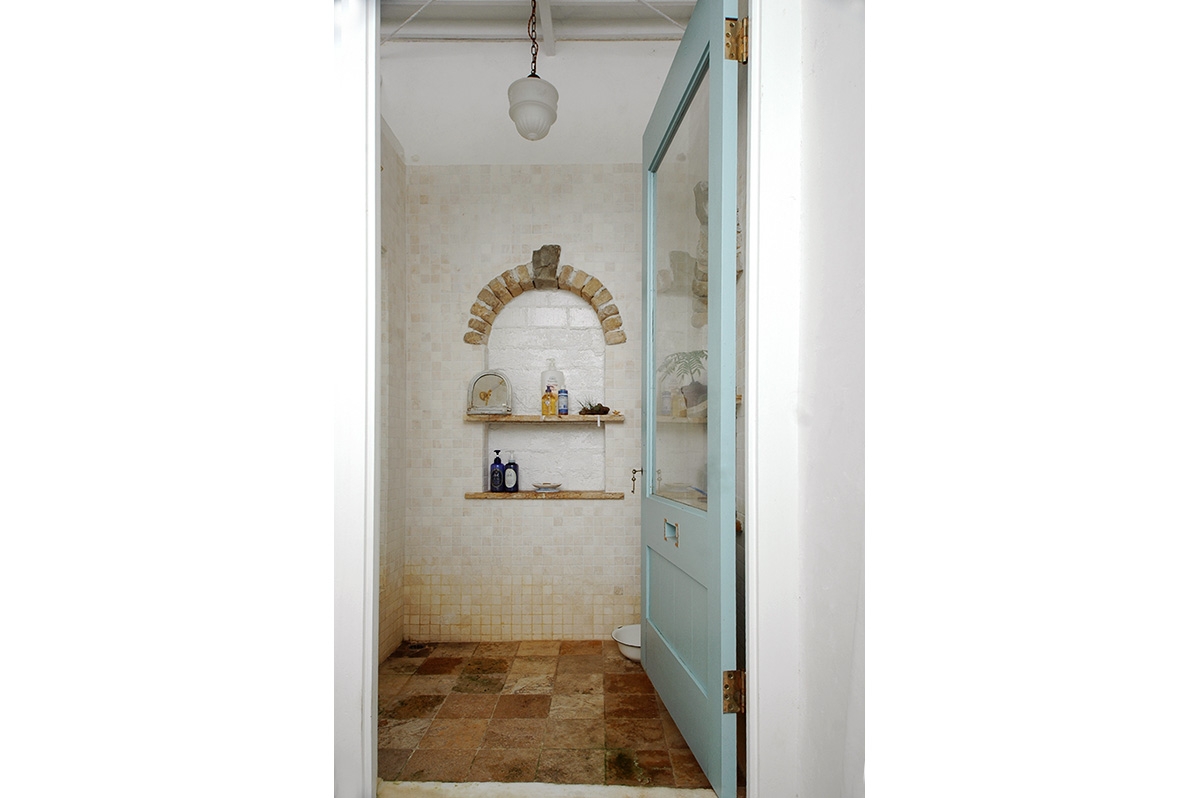 Bath room 003